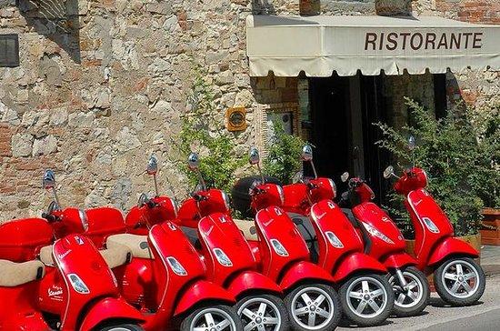 Tour de Vespa y Chianti de día...