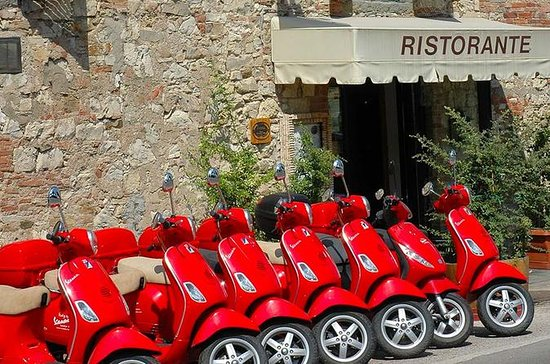 Panoramic Tour of Florence on a Vespa ...