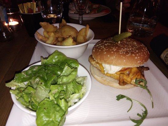 Chicken Tchiz Burger - Picture of le T\'chiz, Saint-Julien-les-Metz ...