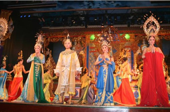 Alcazar International Cabaret Show in Pattaya