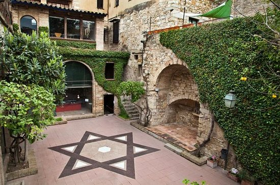 Private Girona and Besalu Jewish...