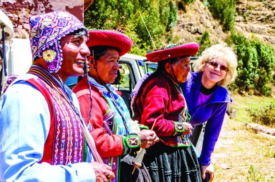 Full Day Weaving Tour: Ocutan Community...