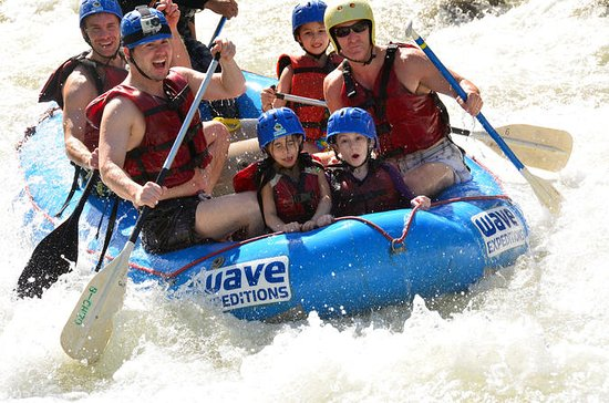 Full Day Class II-III Rafting og...