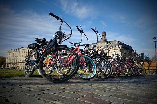 1-Hour Electric Bike Tour of Bordeaux