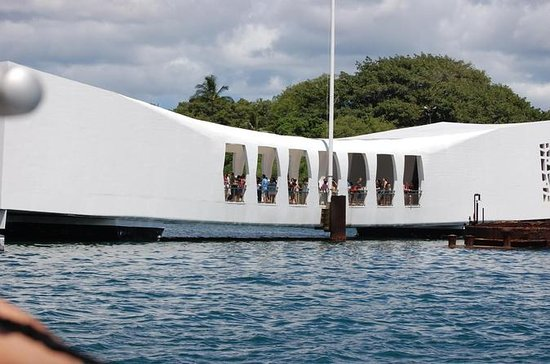 Private Pearl Harbor Tour from Waikiki