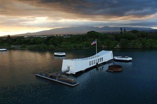 Private Pearl Harbor and Short Honolulu City Tour from Waikiki