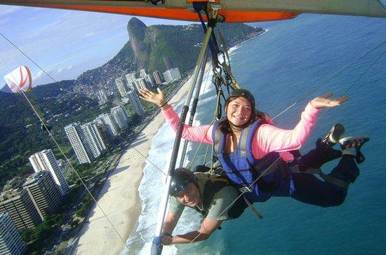 Rio de Janeiro Hang Gliding Tour from Pedra Bonita