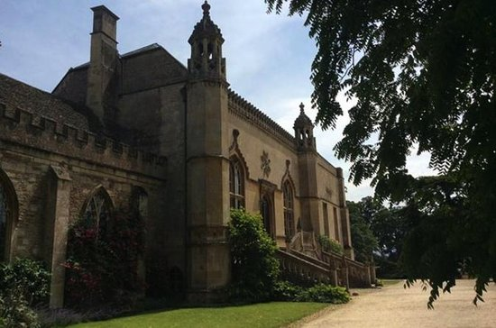 Private Full-Day Tour of Lacock Abbey an…