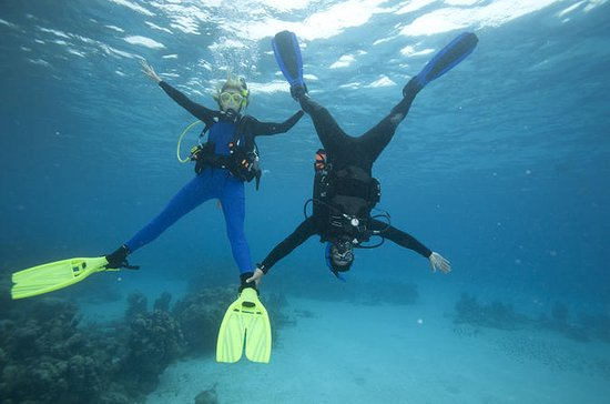 PADI Advanced Diving Course in Gran...