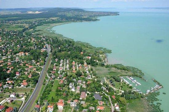 Vuelo escénico del lago Balaton de...