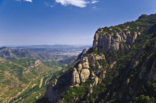 Half-Day Guided Montserrat Tour in...