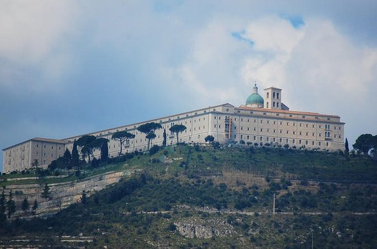 Private Day Tour: Cassino and Abbey...