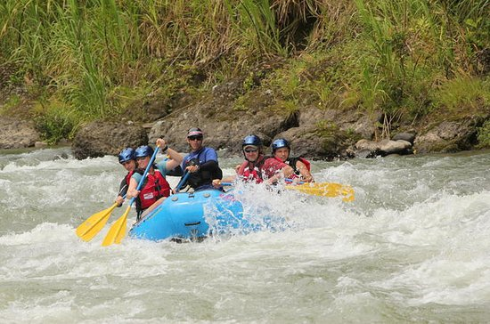 Pacuare River Rafting Expedition ...