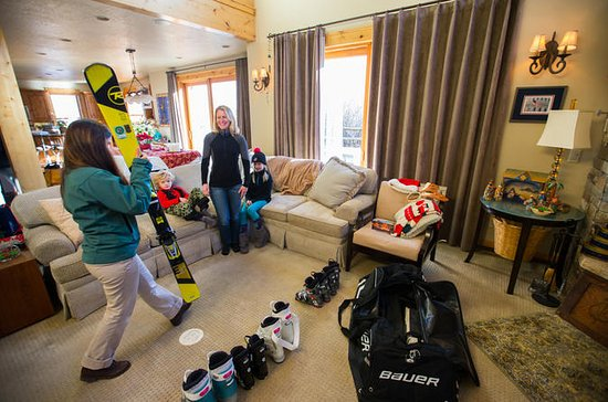 Junior Snowboard Rental Package from