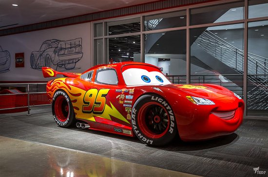 Petersen Automotive Museum ...