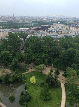 Photo Tours In Paris: Вид с эйфелевой башни на Париж