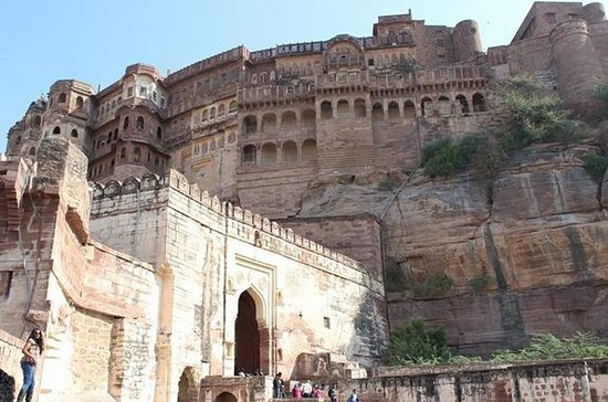 Day Trip to Chittorgarh from Udaipur