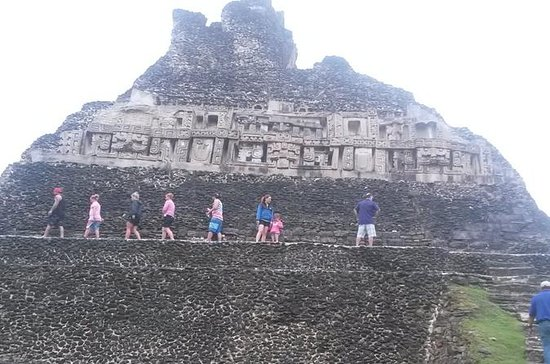 Belize City to Xunantunich Mayan...