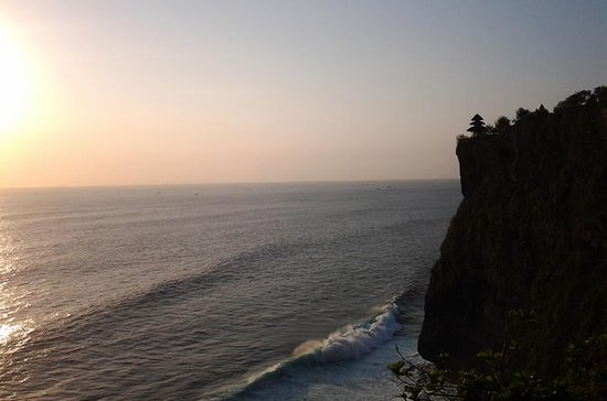 Sunset at Uluwatu Temple and Spa Tour