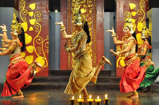 Cambodian Art Tour in Siem Reap Including Apsara Show with Optional...