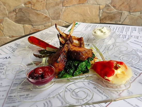 Amigos Restaurant and Roof Terrace: Another version of our Rack of Lamb Presentation