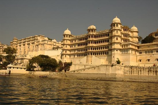 Full-Day Private Tour of Udaipur City...