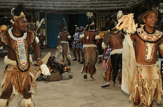 Village culturel de Lesedi au départ...