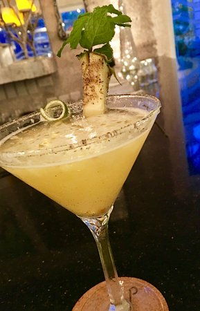 Holetown, Barbados: Great Pineapple Cocktail
