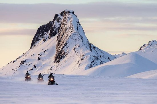 Snowmobile Tour on Langjökull Glacier