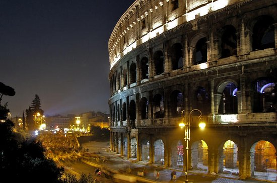 Colosseum by Night Walking Tour ...