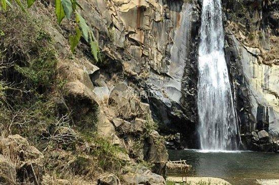 プエルト・エスコンディドからのレフォルマ滝ツアー