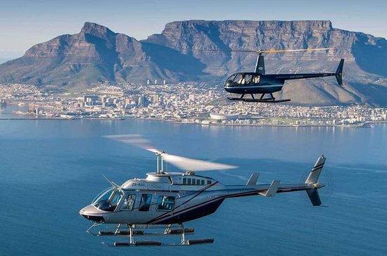 Tour privato di elicottero e
