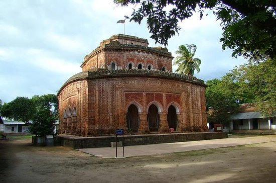 Private Tour: Dinajpur Day Tour of...