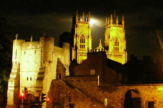 York Private Ghost Tour with York ...