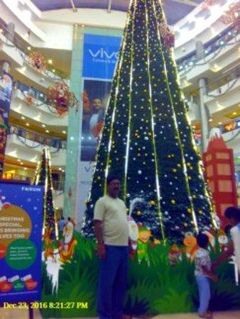 the forum vijaya mall christmas tree decoration - Christmas Forum