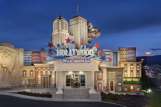 Hollywood Wax Museum Admission in