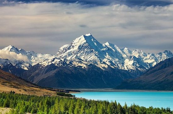Mount Cook and Southern Alps...