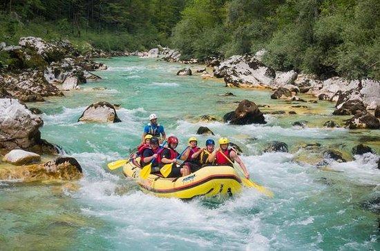 Soca River Meio dia Rafting de Bovec