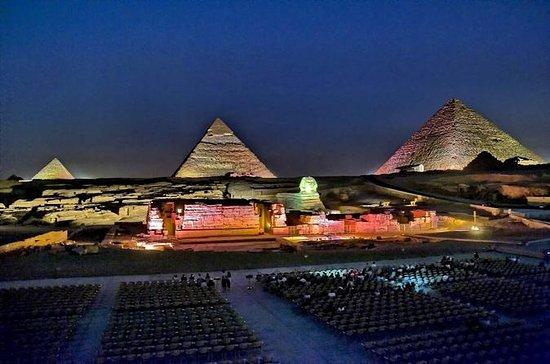 Show de Som e Luz das Pirâmides com...