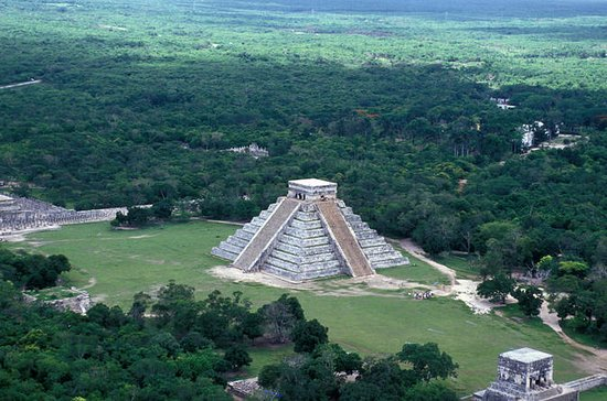 Chichen Itza Small-Group Tour with...