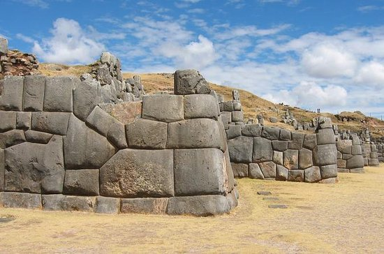 Private Half-Day Tour of Cusco and...