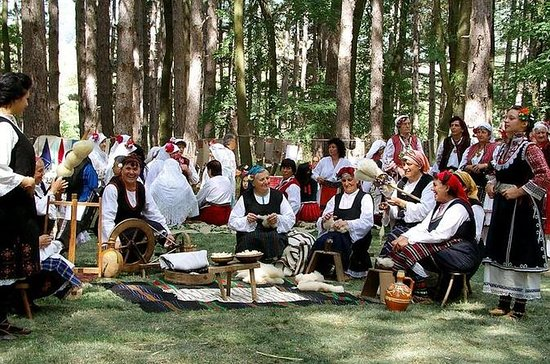 Zheravna Festival of the National...