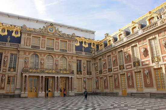 Skip-the-Line Versailles Palace Day ...