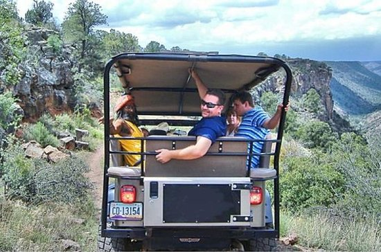 Mogollon Rim Jeep Tour from Sedona