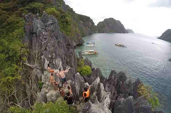 Private El Nido Island Hopping Tour...