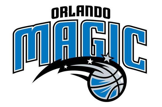 Paquete de entradas para ver al equipo de baloncesto de la NBA...