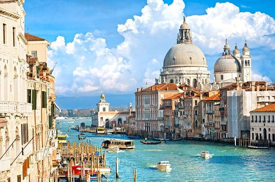 A Day in Venice: Small Group Tour by...