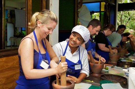 Clase de cocina tailandesa de día...
