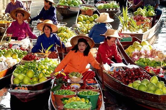 Private Tour: Floating Market and...