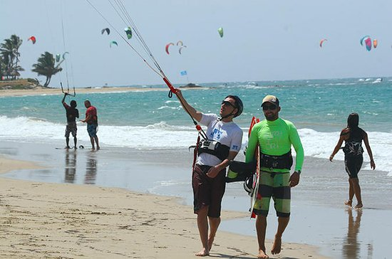 2-Hour Supervised Kiteboarding Lesson...